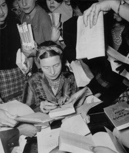 Simone de Beauvoir, vers 1960